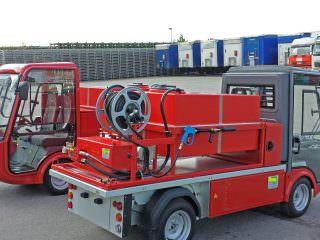 Compact electric fire engine