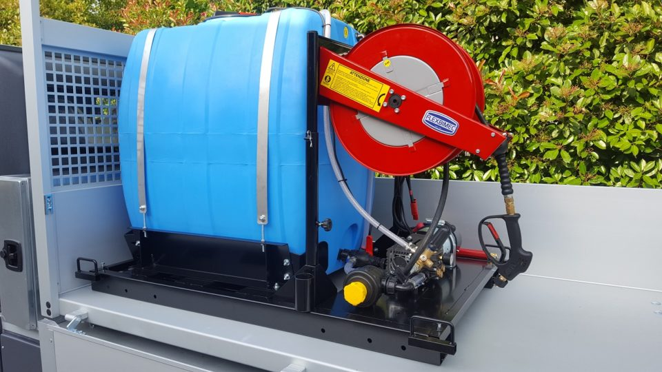 Electric pressure washer truck
