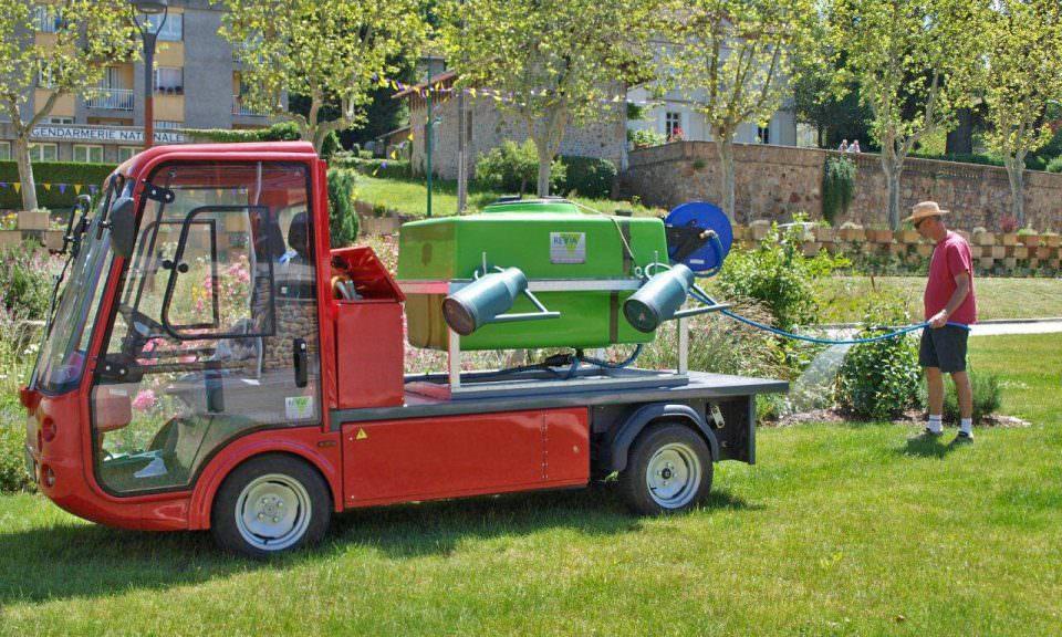 Esagono Electric Irrigation Vehicle