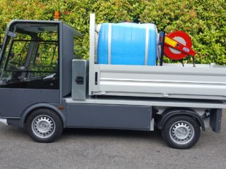 Esagono Street Cleaner Electric Vehicle