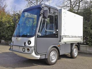 Road Leagal Electric Faciltiy Management Van